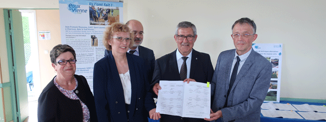 "Captages de "" Gué de Sciaux "" : Signature du Contrat Re-Sources"